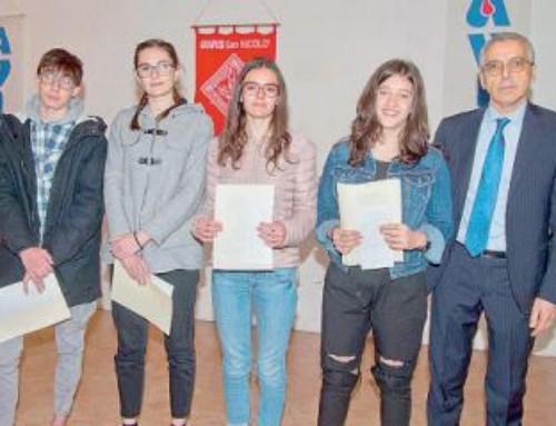 Super studenti premiati dall'Avis «Largo ai giovani»