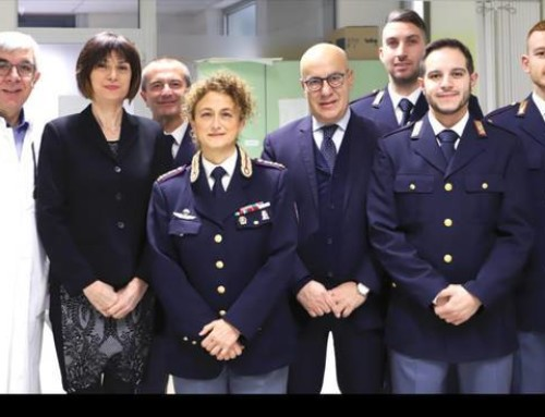 Gli allievi agenti della scuola di polizia donatori di sangue e plasma